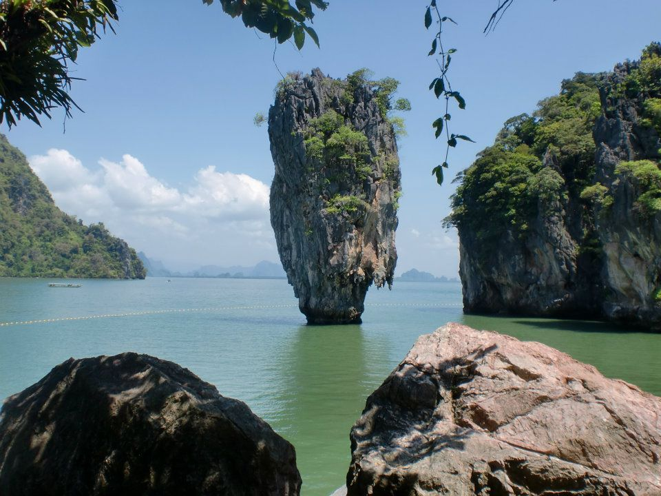how to travel from phuket to bangkok by car