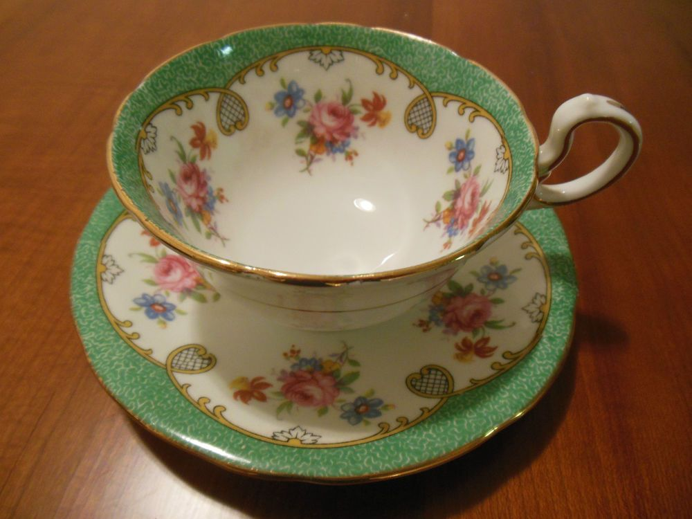 AYNSLEY BONE CHINA TEA CUP & SAUCER SET GREEN & BLUE PINK FLOWERS ENGLAND