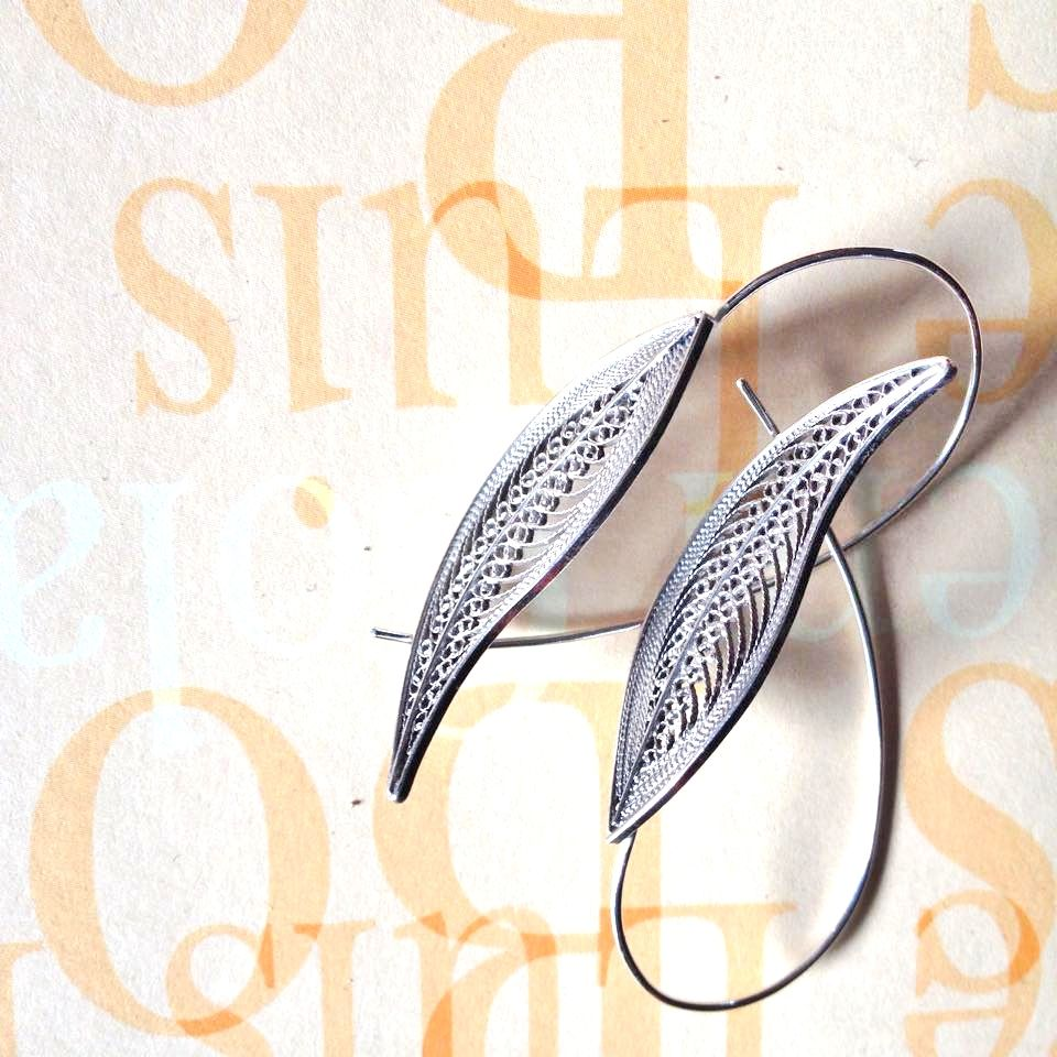 filigree collection- earrings #silverlining #marianovaes #filigree #contemporary