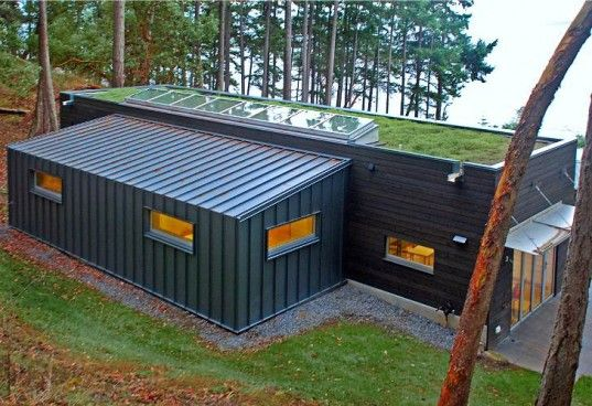 Green Roofed Washington Weaving Studio Is A Daylit Dream With Images Container House Container House Design Architecture