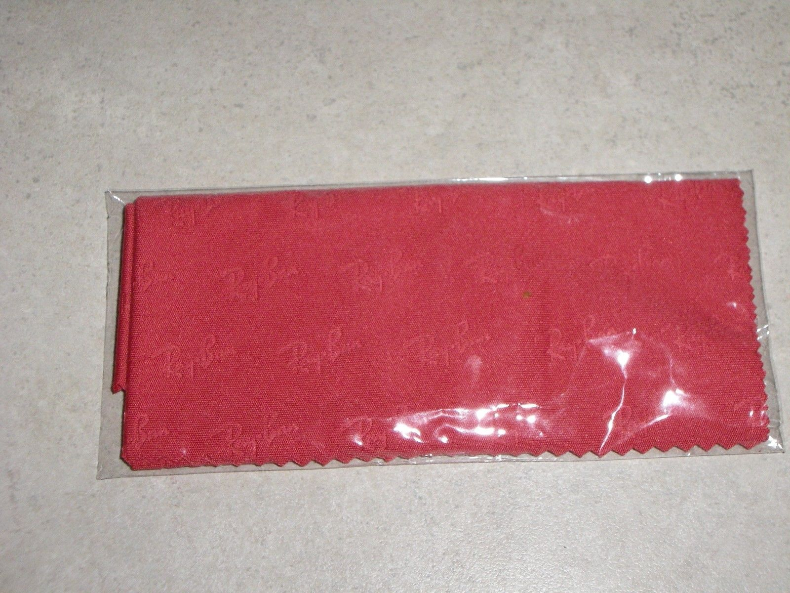 Authentic ray ban lg red micro fiber cleaning cloth brand new with