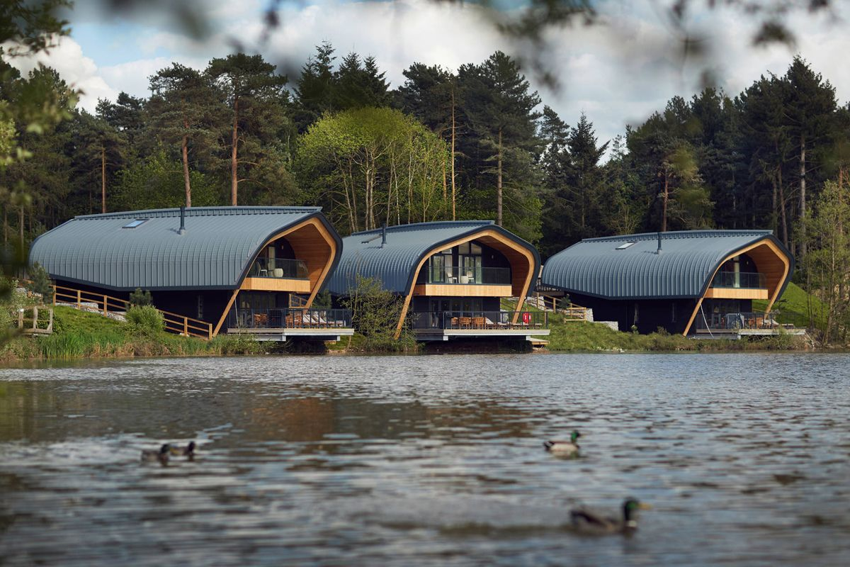 Center Parcs Waterside Lodges Offer Breath Taking Views Center Parcs Lodges Hotel Building