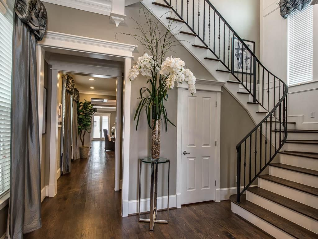 Best 410 27Th Houston Tx 77008 Photo Gorgeous Staircase In 400 x 300