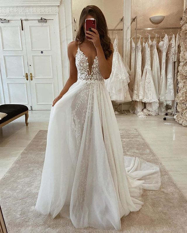 Weddingdress Hashtag On Instagram Photos And Videos In 2020 With Images Wedding Dresses Lace Dream Wedding Dresses Wedding Dresses