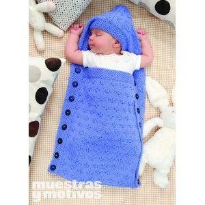 Saquito tejido a tricot para bebé