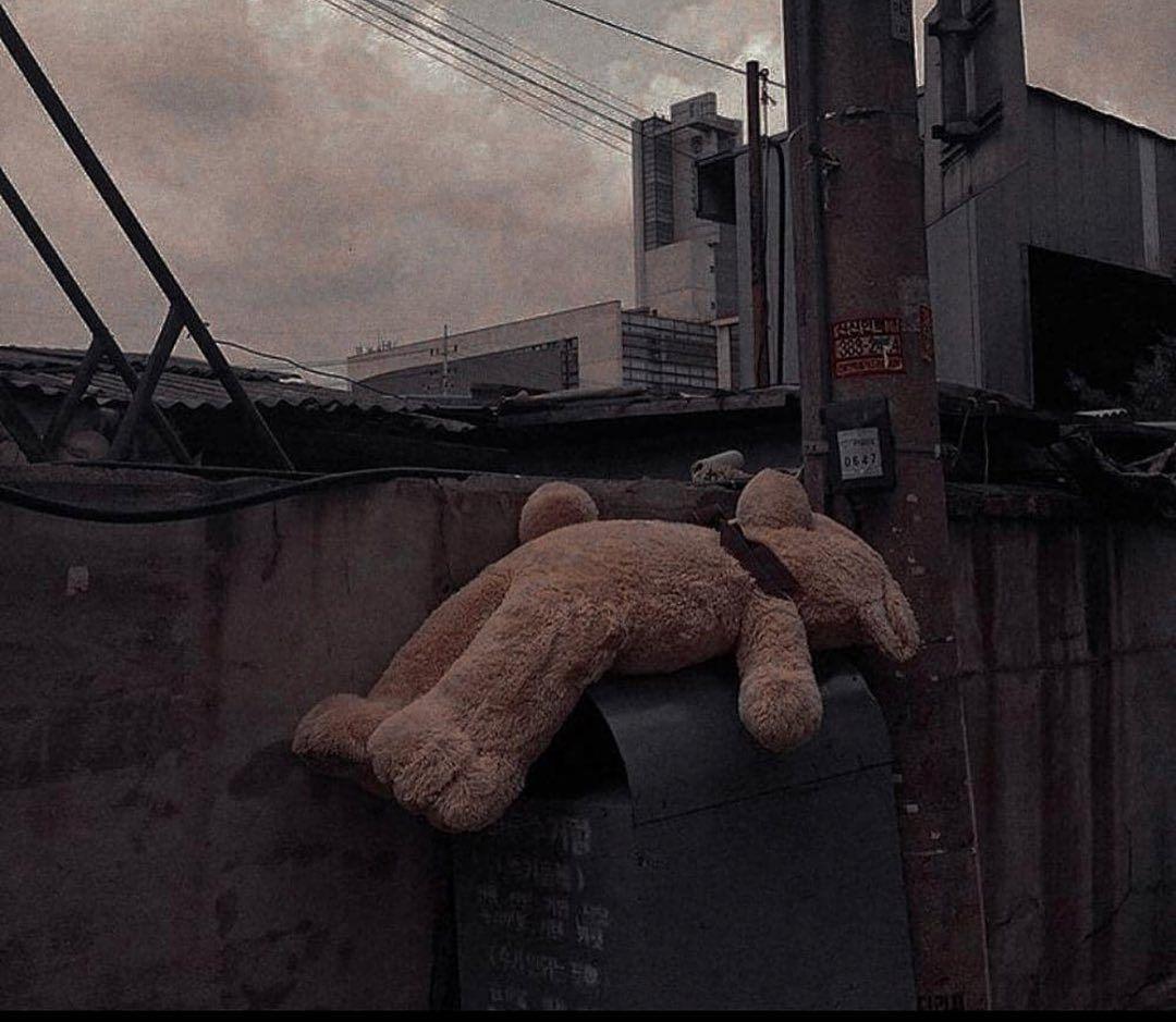 🐼🖤 . . . #nero #oro #sfondi #sfonditumblr #foto #fototumbler #alien #alieno #pink #rosa #world #mondo #sfondopastello #adventure #4ever #sole #colesprouse #friendsforever #wallpaper #disney #simpsons #wallpapers#türkiye #turkey #komedifilmi #komedi #aktimuss#fotoğraf #wallpaperdecor#türk