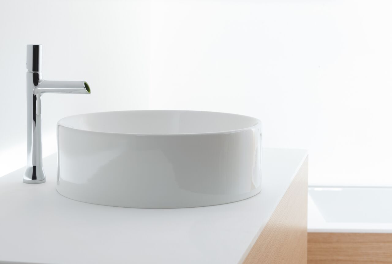kohler toobie tower basin mixer with chalice counter top basin ... - Kohler Archer Lavabo Con Piedistallo