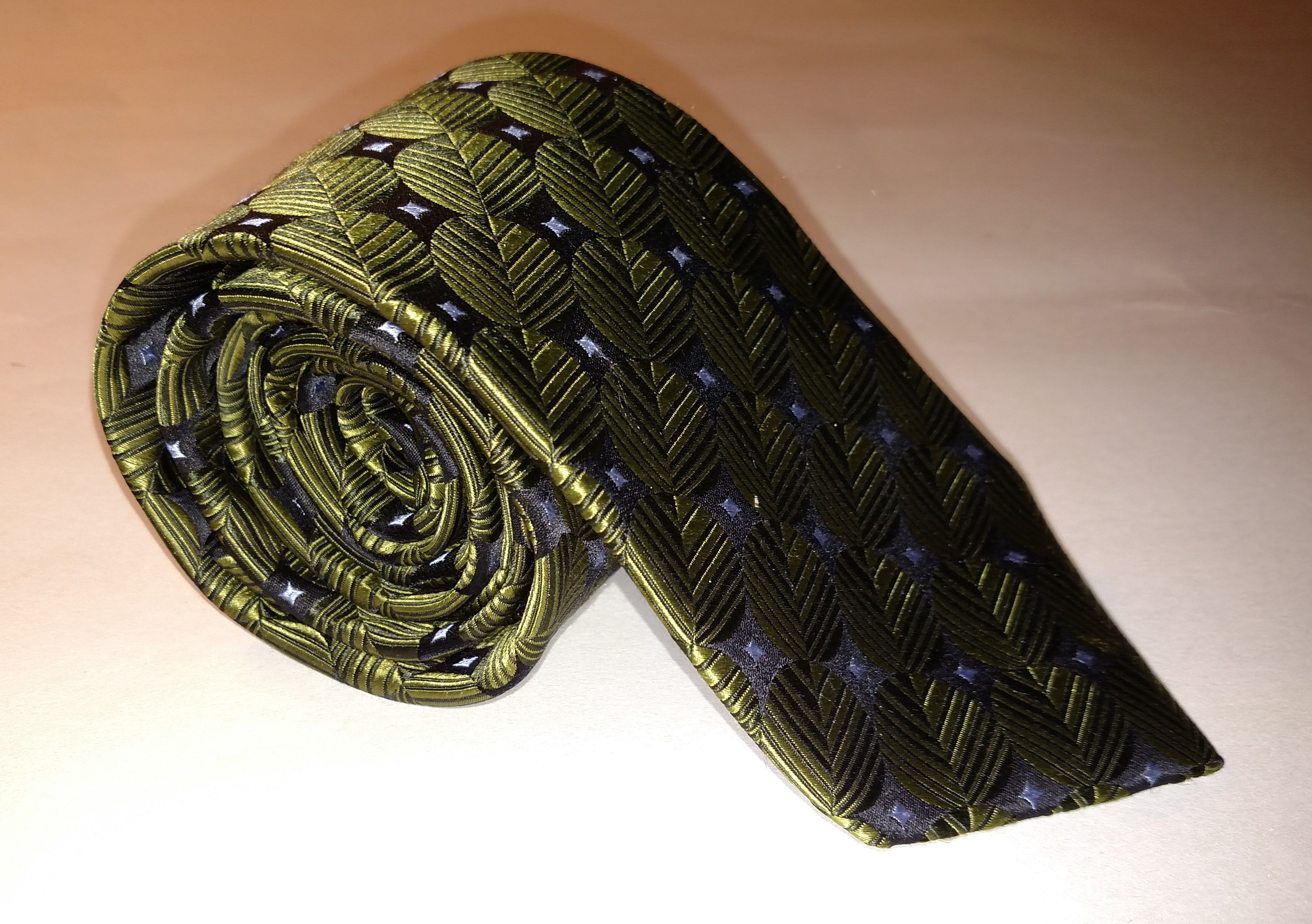 Ike Behar New York Multicolored Geometric Tie