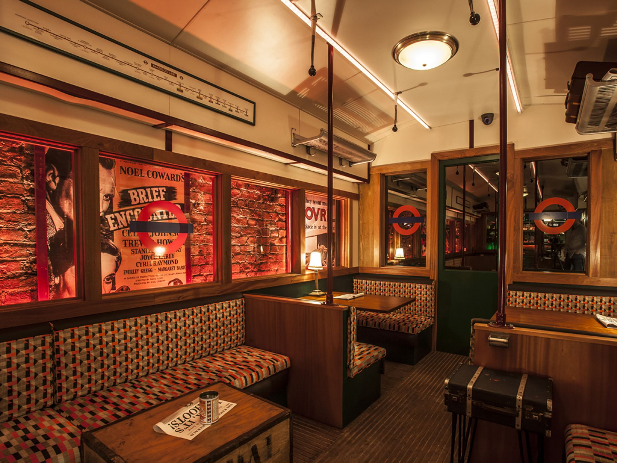 Live On The Lines In 2019 Props Quirky Bars In London