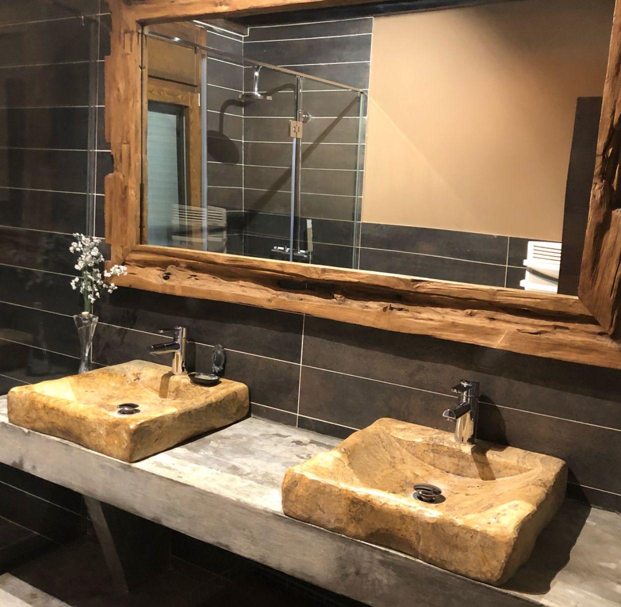 Lavabos de piedra natural y espejo de madera reciclada nuestros productos pinterest - Lavabos de piedra natural ...