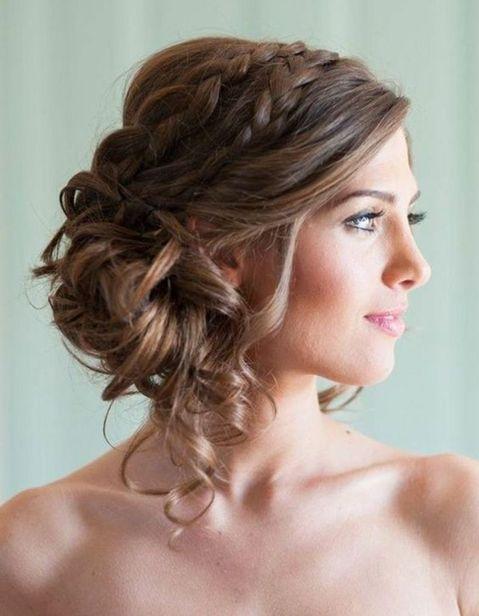 Les plus belles coiffures de demoiselle d'honneur - Elle
