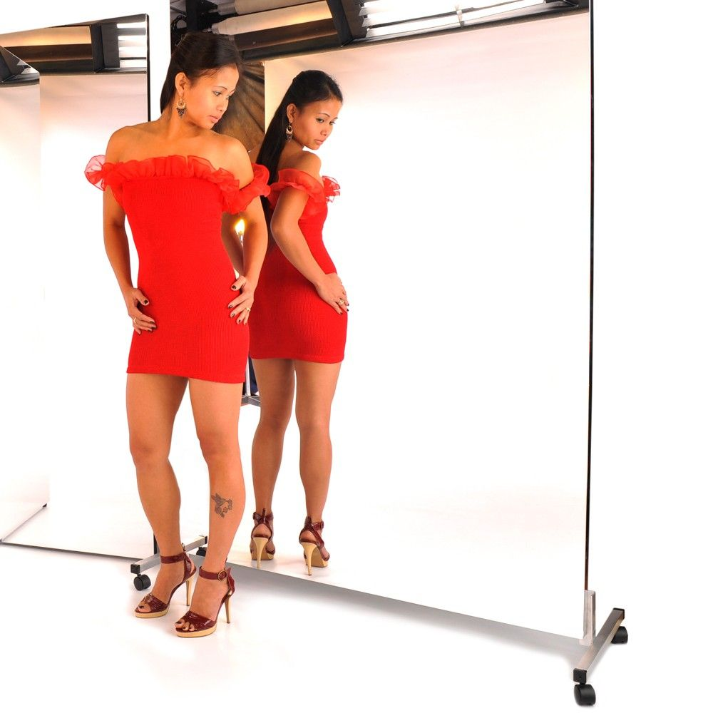 Mirrorlite Vertical Rolling Glless Mirror 36 X 72 1 Free Standing Mirrors