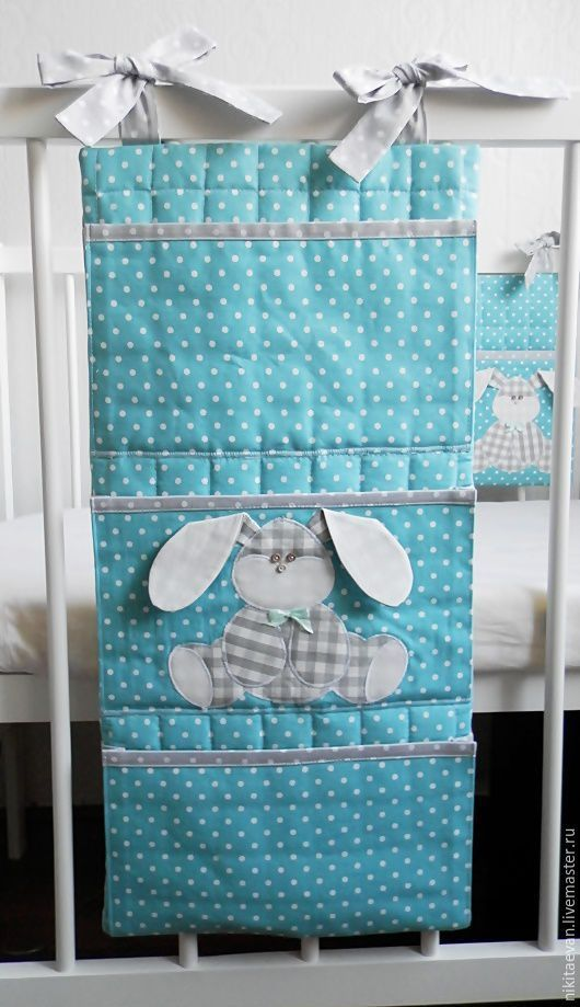 e108deb83828 Купить или заказать кармашки на кроватку в интернет магазине на Ярмарке  Мастеров. С доставкой по