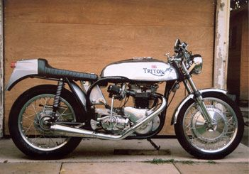 Norton 1959 Tbird Triumph 6t 1959 With 750cc Morgo Barrels And Pistons Twin Amal Concentrics Of A Bonnie H Classic Motorcycles Motorcycle Pictures Motorcycle