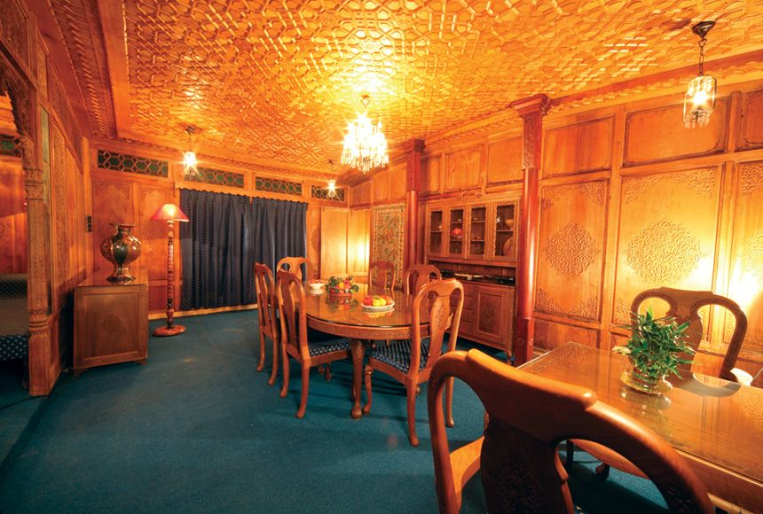 Explore House Boat Interiors, North India, And More! Part 78