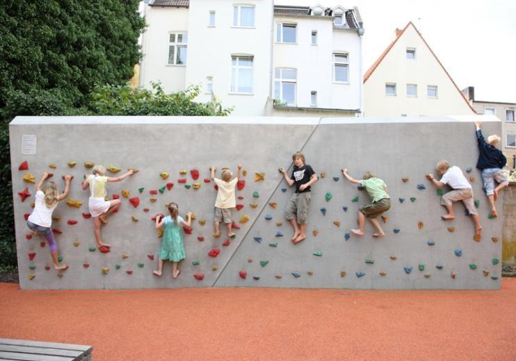 ATELIER DREISEITL • PORTFOLIO | Art & Urban Design | Linnenbauer Plaza