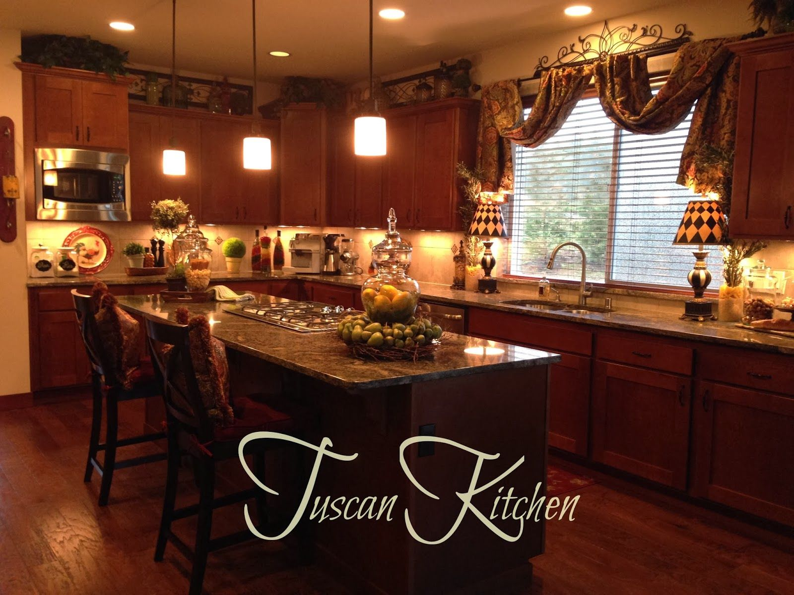 The tuscan home a little too crowded for me on the for Tuscan kitchen ideas pictures