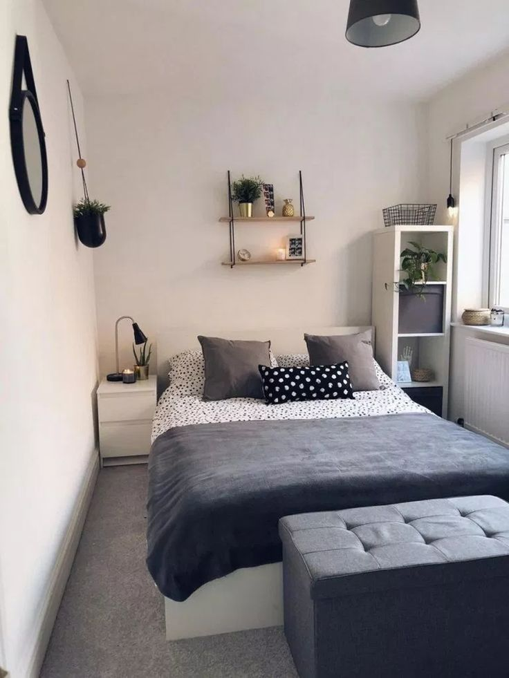 Small Spaces Bedroom Decorating Ideas That Make Room Look Larger 16 In 2020 Small Bedroom Decor Simple Bedroom Small Apartment Bedrooms