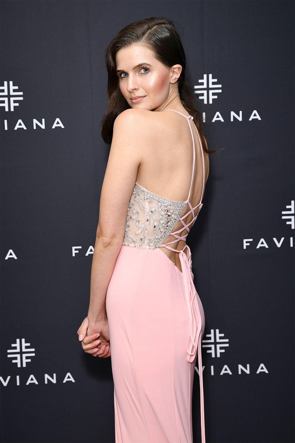 TomcatWallpapers: Best Hollywood Celebrity Dresses of 2012