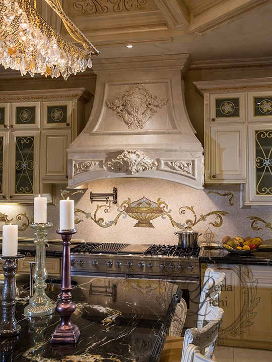kitchen hood French country Pinterest Maison vacances, Luxe et
