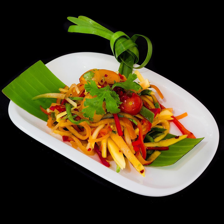Beat the summer heat with papaya salad food healthy