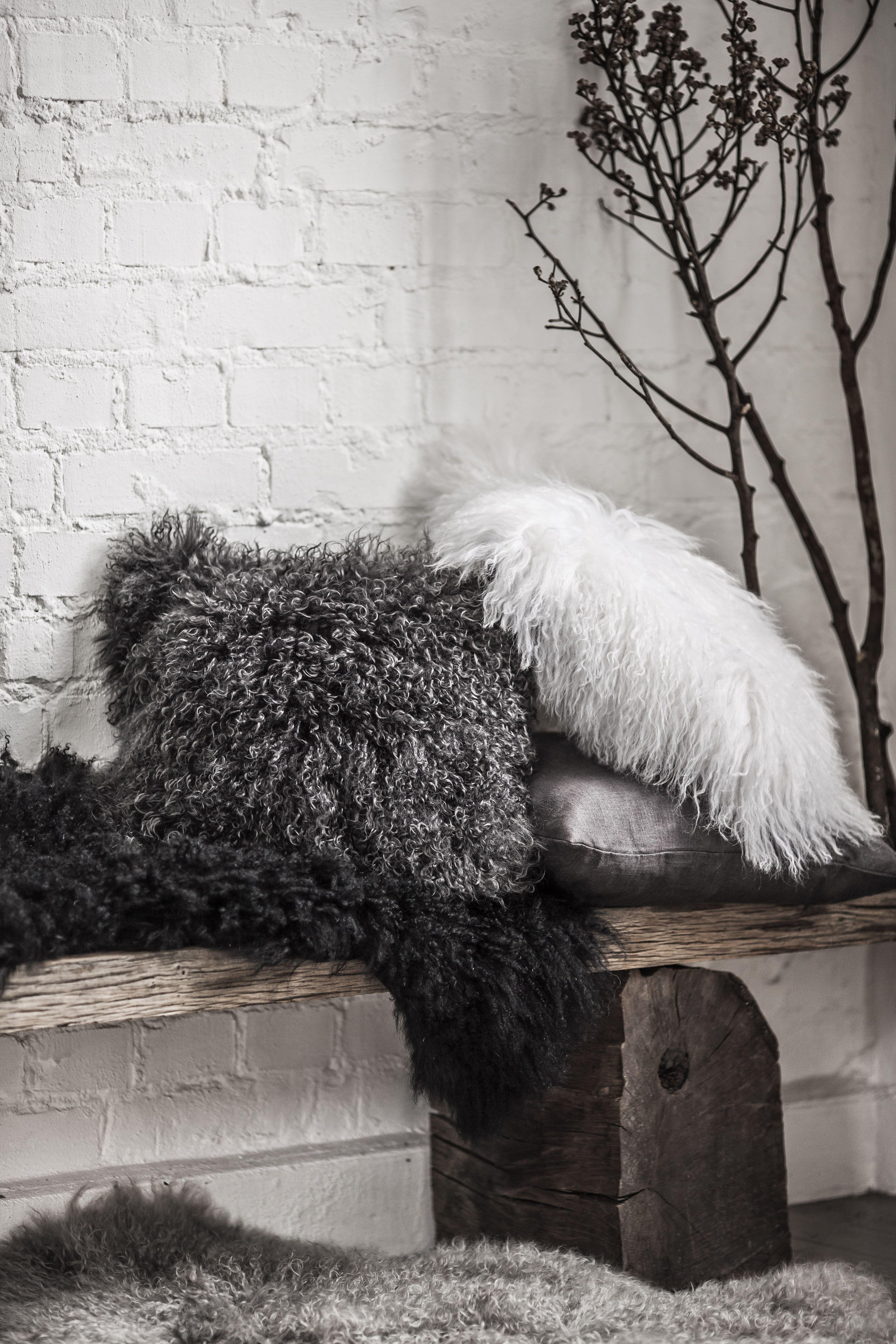 Eightmood Bestseller Fuyu Fur Cushions Eightmood