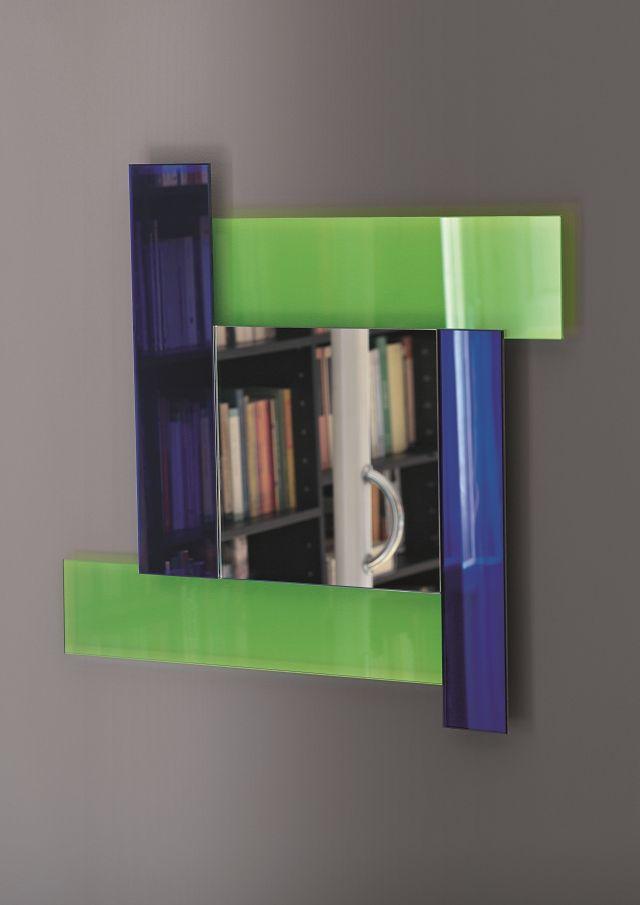 Gli specchi di dioniso 2 design ettore sottsass for Different sized mirrors