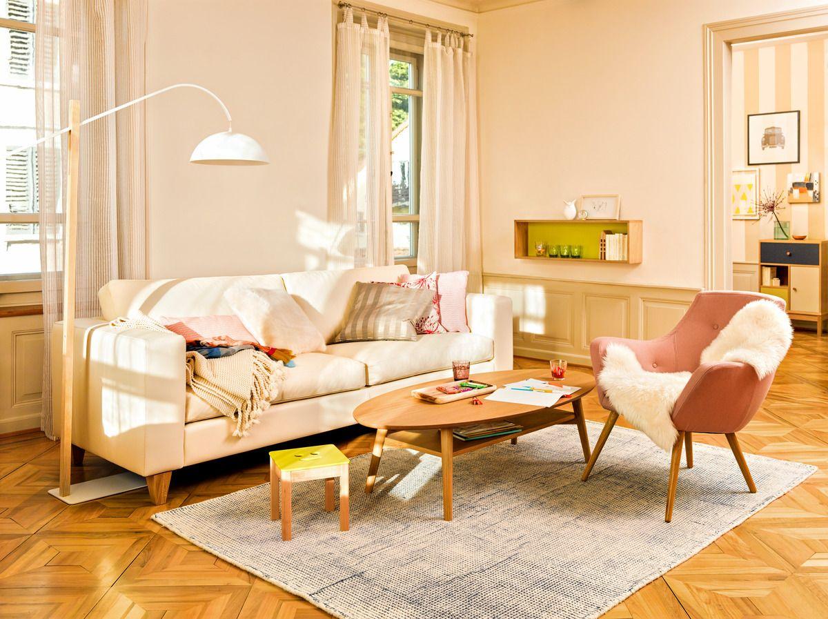 micasa wohnzimmer ausgestattet mit 3er sofa diener und sessel florin nussbaum micasa wohnen. Black Bedroom Furniture Sets. Home Design Ideas