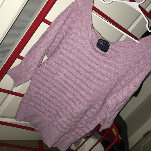 AE Sweater Love this sweater but is too big now. Cute with leggings and boots! American Eagle Outfitters Sweaters Crew & Scoop Necks