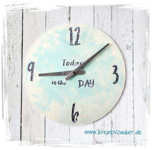 Motivtransfert auf Holz ★ wie man Texte, Zahlen und Motive auf Holz überträgt ★ die Anleitung zu dieser Uhr gibt es hier: http://kreativ-zauber.de/motive-auf-holz-uebertragen/