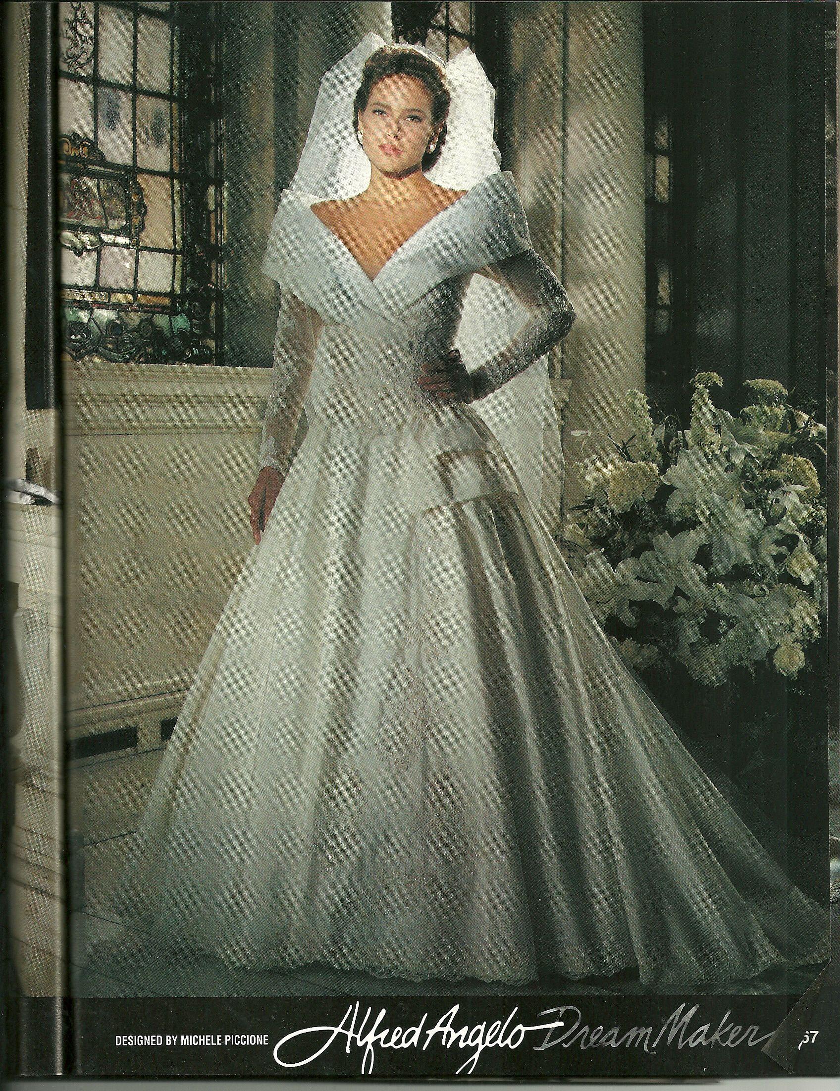Celebrity Wedding Dresses 1990s : Designer wedding dresses bridal gown winter weddings