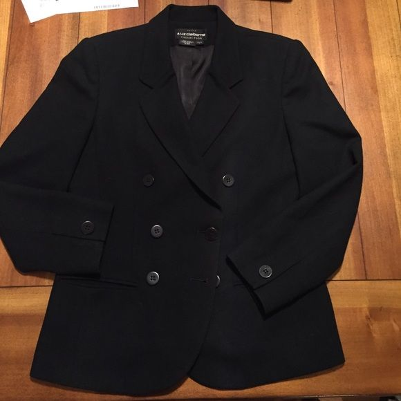 Black Blazer Fabulous black blazer, never worn! Fully lined with 2 front pockets and button closure. This is a petite size. Liz Claiborne Jackets & Coats Blazers