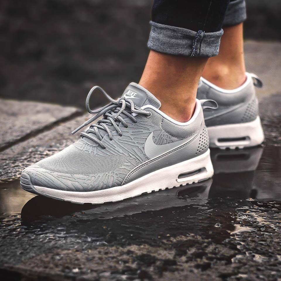 Die neuen Nike Air Max Thea* wem gefallen sie? Hier erhältlich ➡
