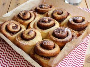 Cinnamon rolls { brioches roulées à la cannelle } • Hellocoton.fr