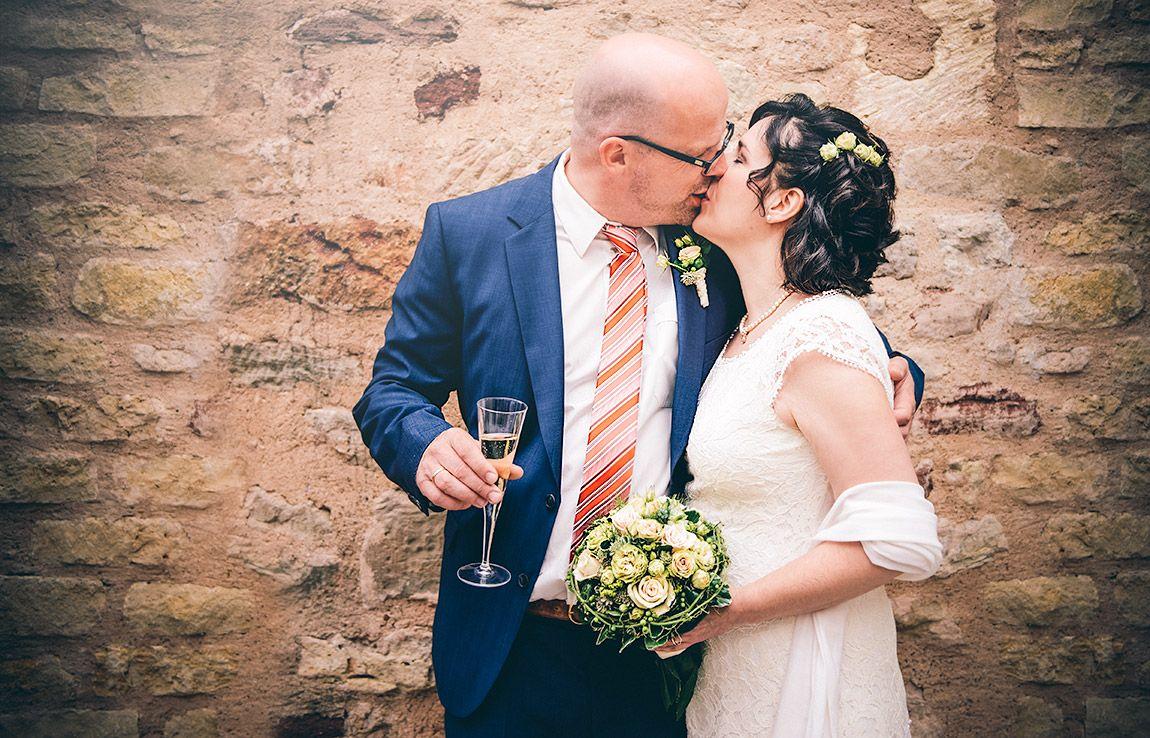 Foto Galerie Hochzeitsfotos In Trier Bitburg Und Wittlich Brautpaar Braut Hochzeit