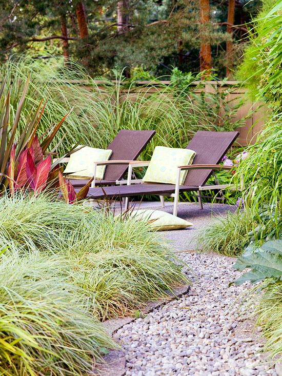 Ornamental grasses landscaping hardscaping backyard for Front yard ornamental grasses