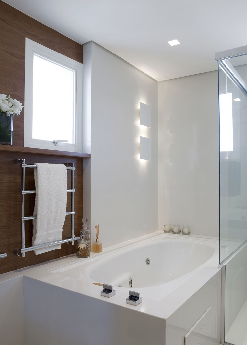 Ideias Banheiro Com Banheira : Decora??o de banheiro banheira hidromassagem casa