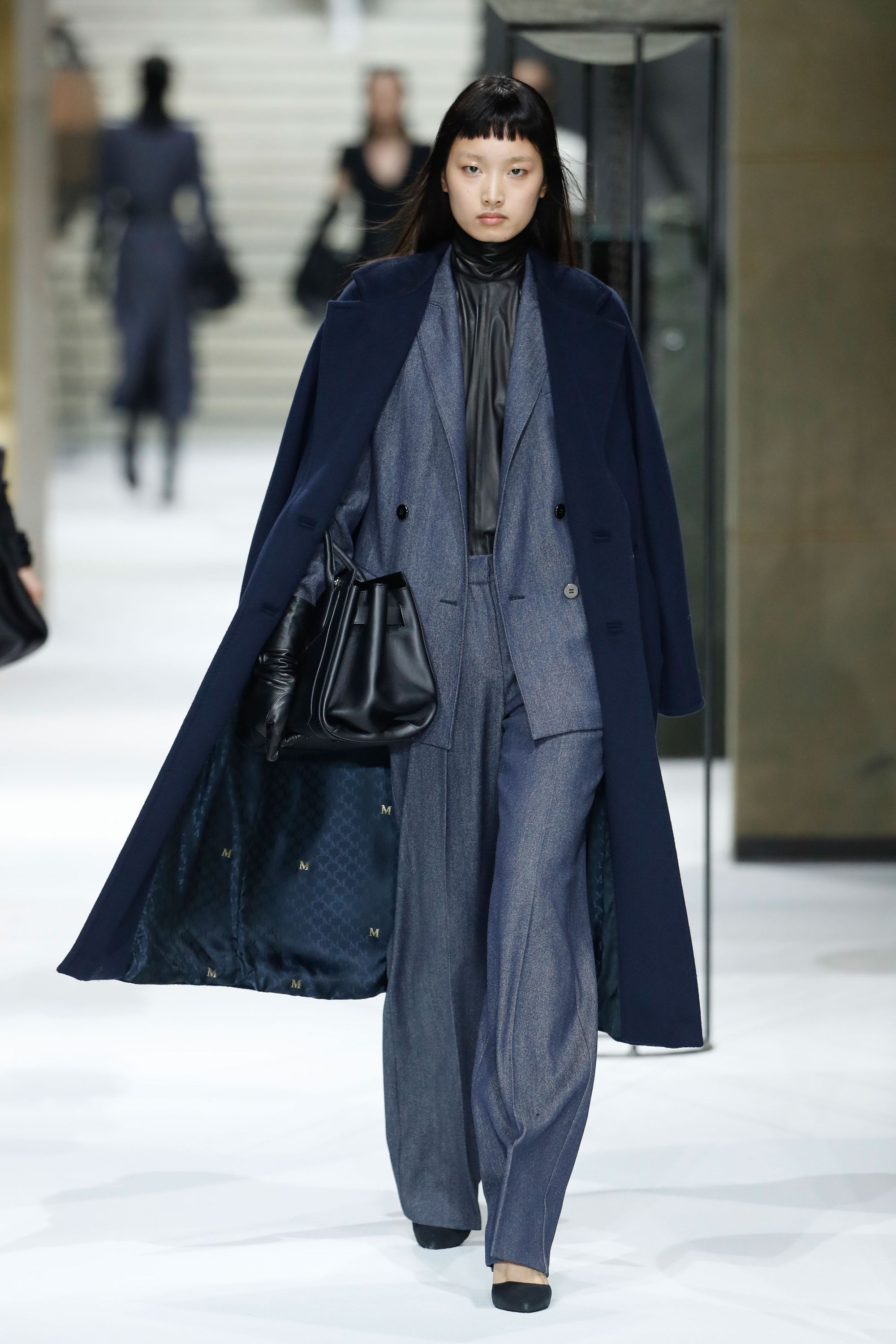Image result for AW17 catwalk Max Mara