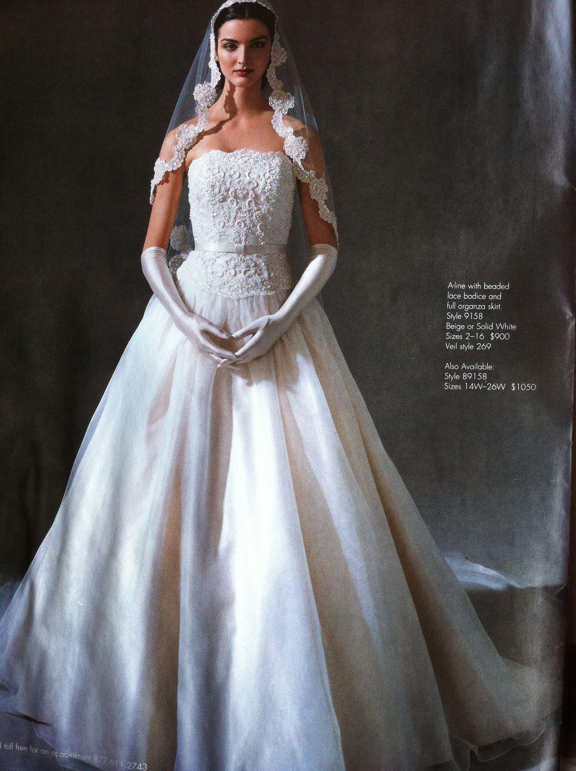 Used Oleg Cassini Oleg Cassini 9158 Size 8 Wedding Dress Size 8