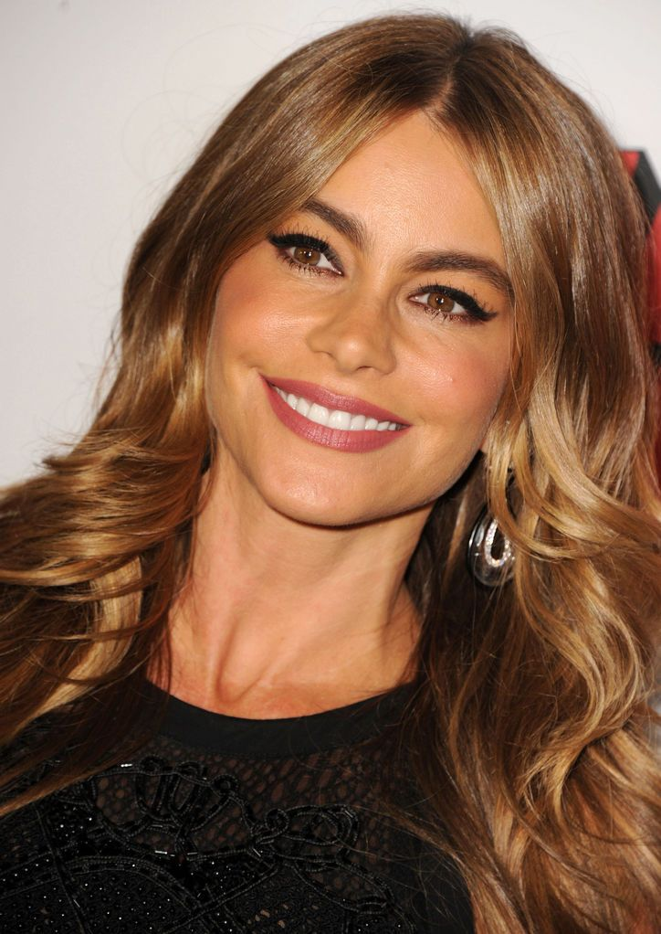 Sofia Vergara's Got a Cool Twist on a CatEye Makeup Look