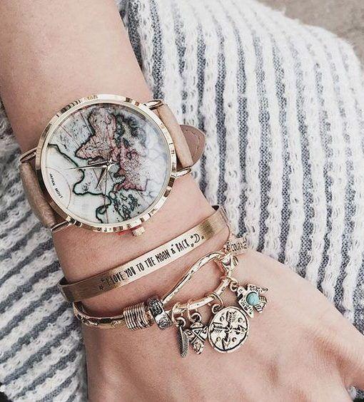 Cette jolie montre mappemonde est le bijou indispensable de la saison!    Montre Fantaisie femme bracelet en simili cuir.