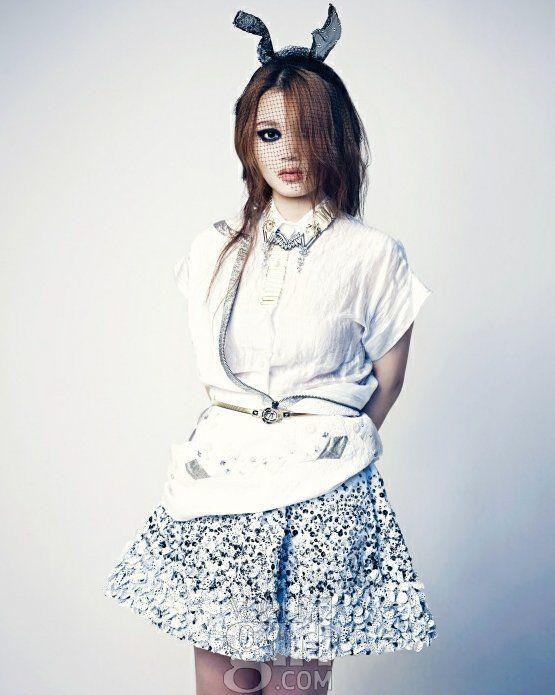 K Pop Star Finalist Lee Ha Yi Shocks Fans With Her New Look For Vogue Girl K Pop Star Girls Magazine Girl