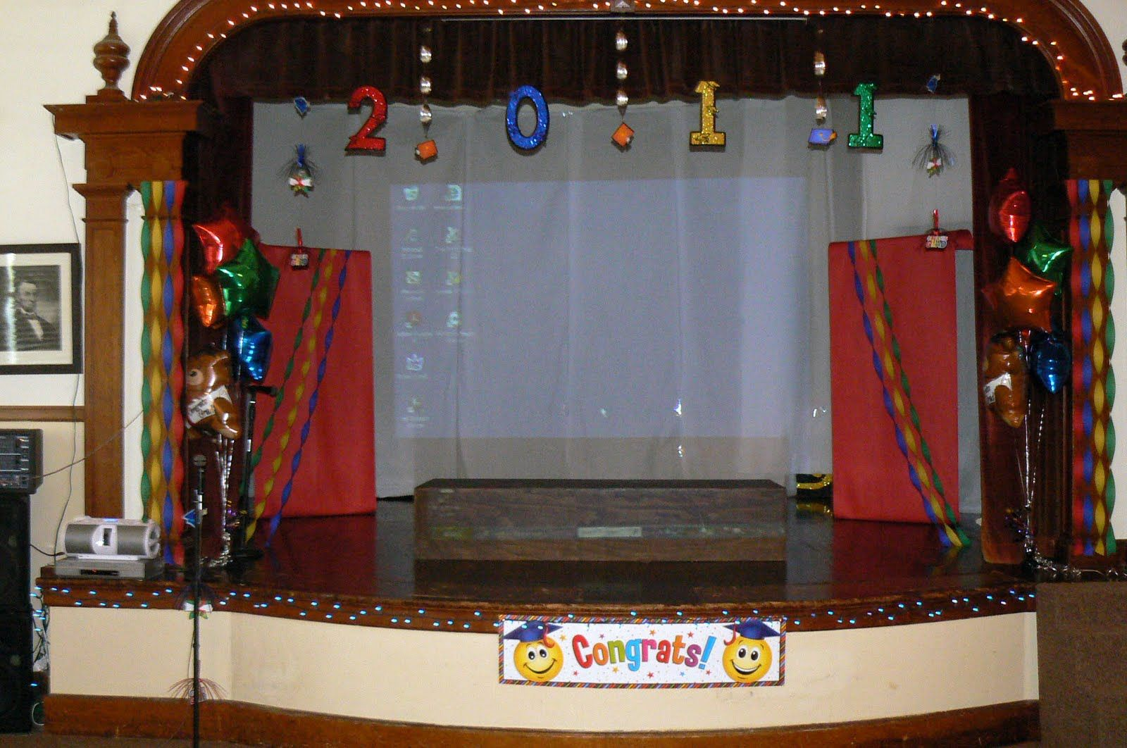 Prejschool graduation theme kindergarten graduation for Annual day stage decoration images