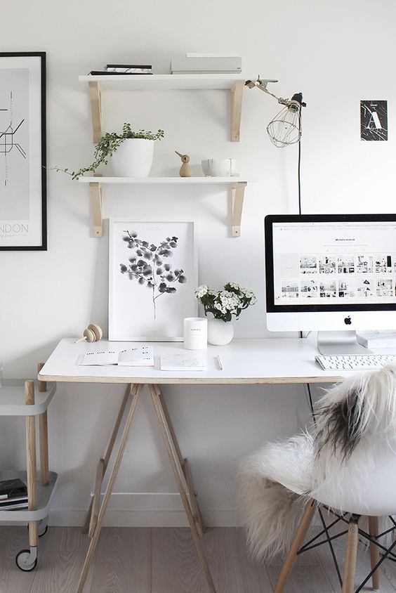 Decor and design white home office ideas workspaces for Small office interior design inspiration