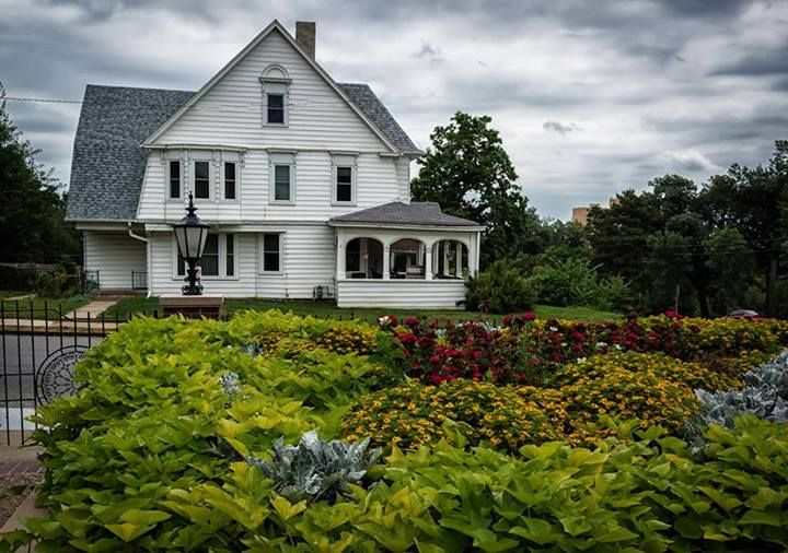 Omaha = Gerald R. Ford Birth Place Gardens. Photo by Dave
