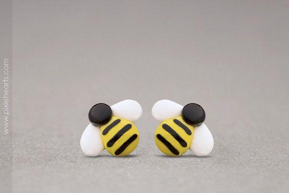 He encontrado este interesante anuncio de Etsy en https://www.etsy.com/es/listing/83100182/bumble-bee-earrings-spring-fashion