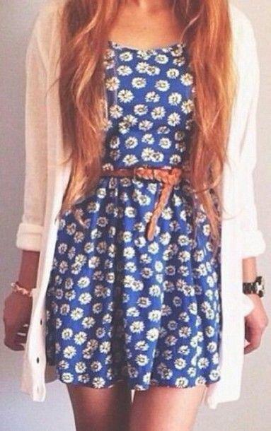 Blue or white dress tumblr.