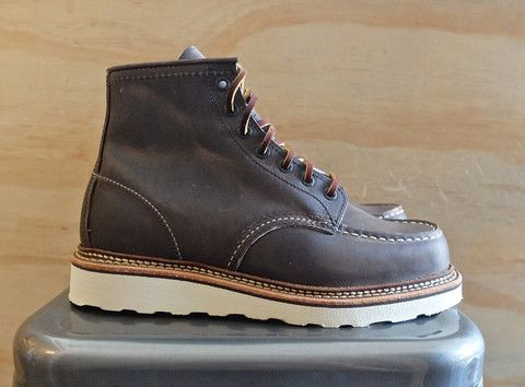 ce01fe888f5 Red Wing Heritage 8883 Moc-Toe Boot Concrete Rough | Men's Fashion ...