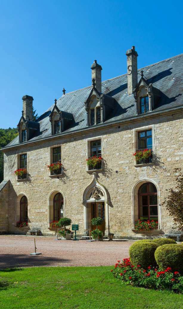 Luxury Boutique Castle-Hotel in Burgundy | Grands Grus Wine Route | Abbaye de la Buissière