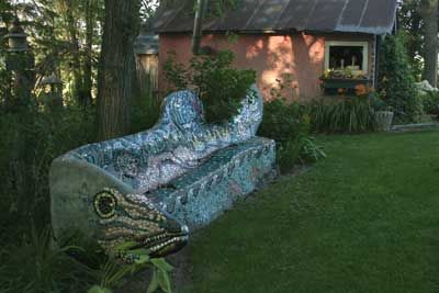 Terrific Wouterina De Raads Mosaic Sculpture Gardens Look Closely Gmtry Best Dining Table And Chair Ideas Images Gmtryco